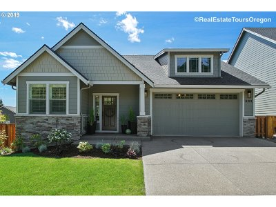 Newberg Single Family Home For Sale: 503 Eagle St