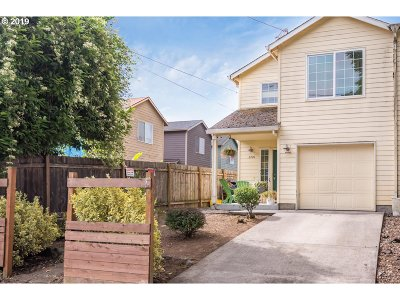 Multnomah County Single Family Home For Sale: 2720 N Houghton St