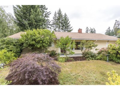 Portland Single Family Home For Sale: 13165 NW Filbert St