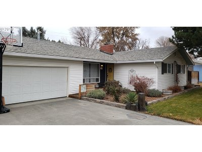 Hermiston Single Family Home For Sale: 300 W McKenzie Ave