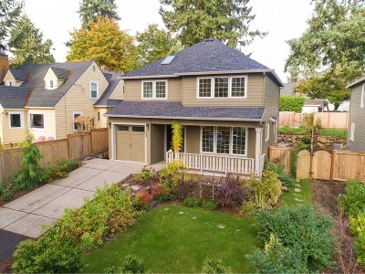 Lake Oswego Single Family Home For Sale: 209 Ridgeway Rd