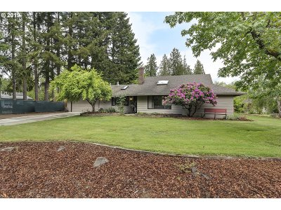 Beaverton Single Family Home For Sale: 1240 SW 201st Ave
