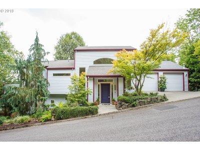 Portland Single Family Home For Sale: 4526 NW Seblar Ter