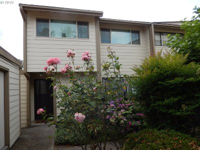 Multnomah County, Clackamas County, Washington County, Yamhill County, Marion County Condo/Townhouse For Sale: 1100 N Meridian St #16