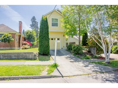 Single Family Home For Sale: 6924 N Swift St