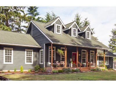 Bandon Single Family Home For Sale: 1196 11th St SE