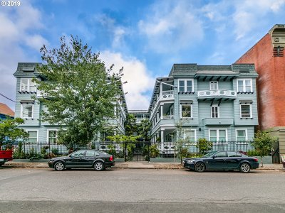 Portland Condo/Townhouse For Sale: 2127 NW Irving St #307