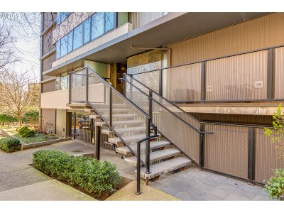 Portland Condo/Townhouse For Sale: 2020 SW Main St #801