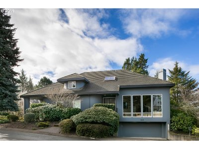 Lake Oswego Single Family Home For Sale: 14183 Taylors Crest Ln