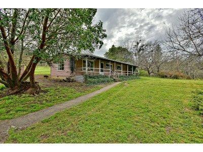 Medford Single Family Home For Sale: 6302 Dark Hollow Rd