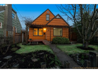 Portland Single Family Home For Sale: 4542 NE 27th Ave