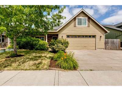 Cottage Grove, Creswell Single Family Home For Sale: 184 Auburn Ln