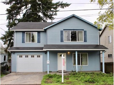 Single Family Home For Sale: 7625 SE Bybee Blvd