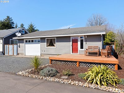 Single Family Home Sold: 708 24th Ave