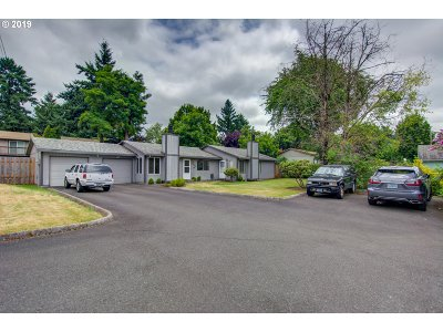 Multnomah County Multi Family Home For Sale: 2334 SE 110th Ave