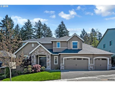 Happy Valley Single Family Home For Sale: 15243 SE Pebble Beach Dr