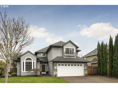 Tualatin Single Family Home For Sale: 9065 SW Stono Dr