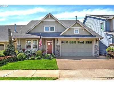 Happy Valley, Clackamas Single Family Home For Sale: 11627 SE Aerie Crescent Rd