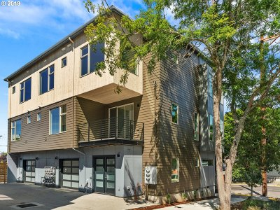 Single Family Home For Sale: 2511 SE 29th Ave #4