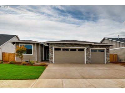 McMinnville Single Family Home For Sale: 2073 NW Victoria Dr