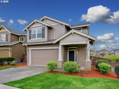 Ridgefield Single Family Home For Sale: 600 N Helens View Dr