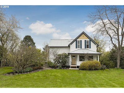 Single Family Home For Sale: 6012 SW Garden Home Rd