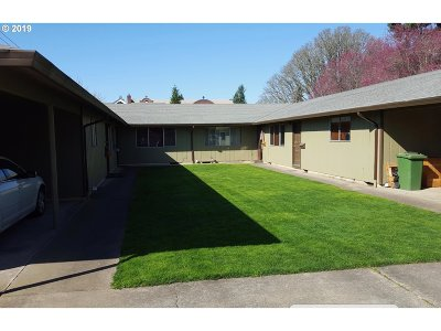 Marion County Multi Family Home For Sale: 723 N 2nd St