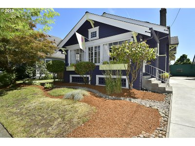 Portland Single Family Home For Sale: 3510 NE Schuyler St