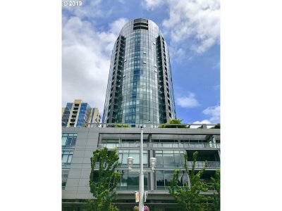 Portland Condo/Townhouse For Sale: 3601 SW River Pkwy #2612