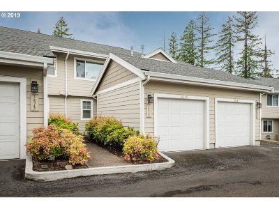 Beaverton Condo/Townhouse For Sale: 14345 SW Barrows Rd