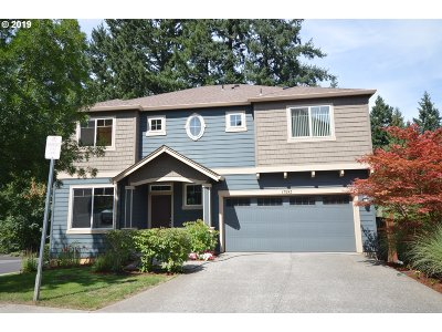 Beaverton Single Family Home For Sale: 17593 SW Butterfly Ct