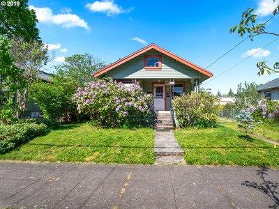 Multnomah County Single Family Home For Sale: 115 NE 83rd Ave