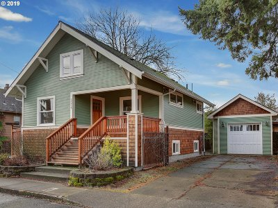 Portland Single Family Home For Sale: 5215 SE 78th Ave