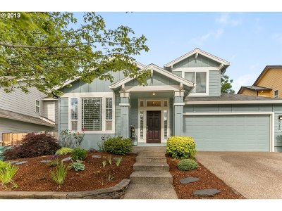 Clackamas Single Family Home For Sale: 13683 SE 153rd Dr