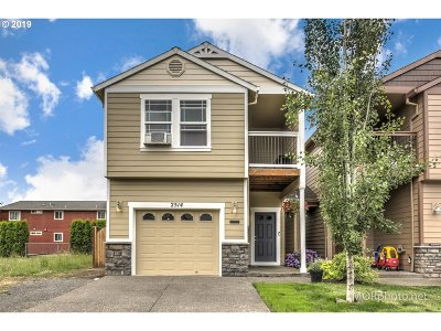 Forest Grove Single Family Home For Sale: 2514 25th Ave
