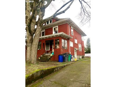 Portland OR Multi Family Home For Sale: $575,000