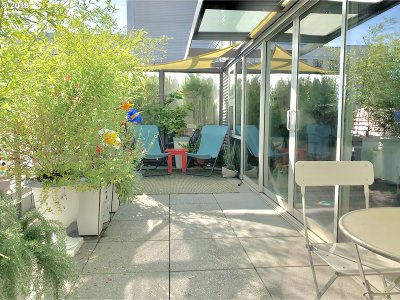 Portland Condo/Townhouse For Sale: 323 NW 13th Ave #406