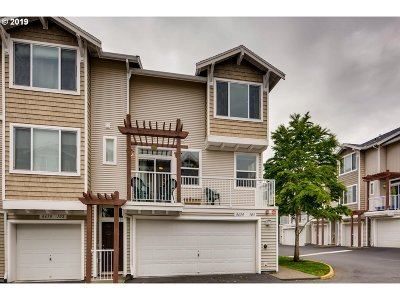 Beaverton Condo/Townhouse For Sale: 8650 SW 147th Ter #103