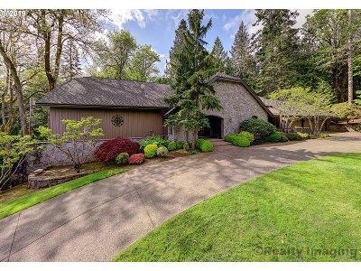 Washington County Single Family Home For Sale: 7150 SW Dogwood Pl
