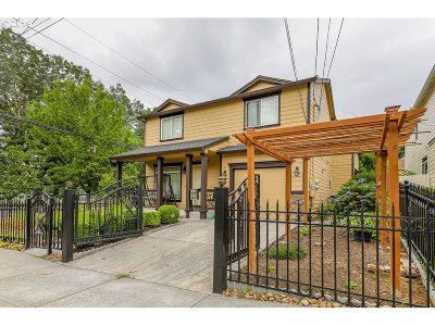 Multi Family Home For Sale: 4423 SE 90th Ave
