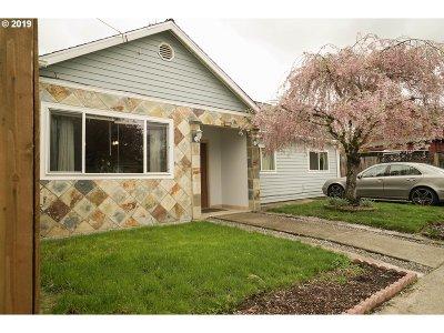 Portland Condo/Townhouse For Sale: 3726 SE 60th Ave