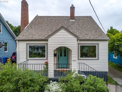 Single Family Home For Sale: 4405 SE Taggart St