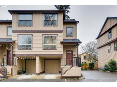 Beaverton Condo/Townhouse For Sale: 2971 SW 187th Ave