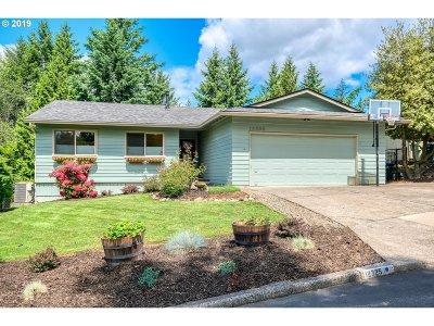 Portland Single Family Home For Sale: 12325 NW Big Fir Cir