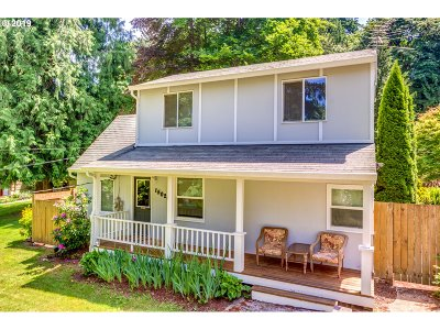 Single Family Home For Sale: 15020 SE Barbara Welch Ln
