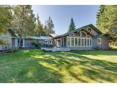 Bend Single Family Home For Sale: 22350 Hwy 20