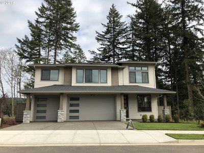 Happy Valley Single Family Home For Sale: 14188 SE Nightingale Ave #L180