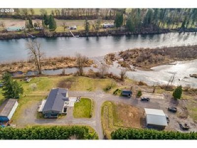 Cowlitz County Single Family Home For Sale: 3036 Lewis River Rd