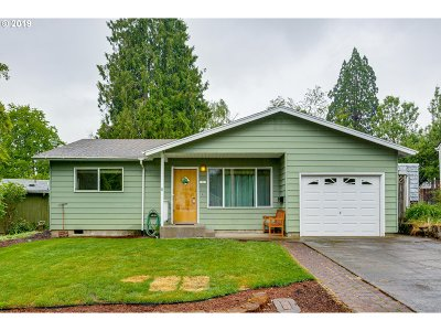 Forest Grove Single Family Home For Sale: 1925 16th Ave