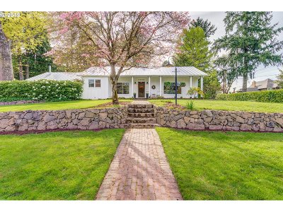 Single Family Home For Sale: 2240 SW Stephenson St